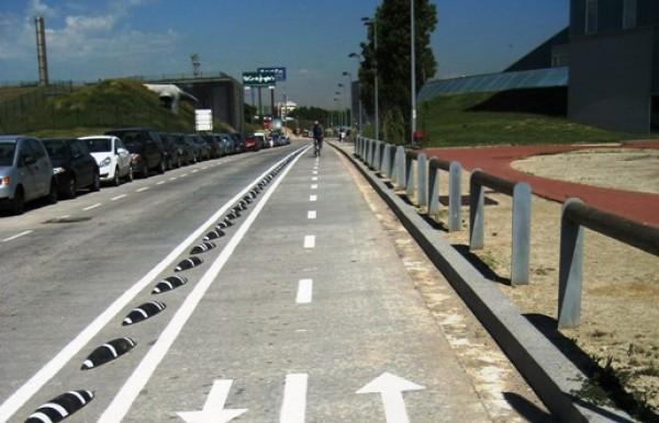 Example of a separated cycle lane, Barcelona