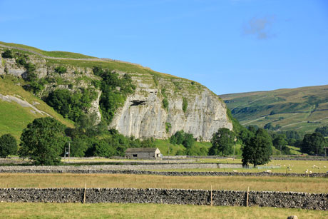 A view of Kilnsey Crag