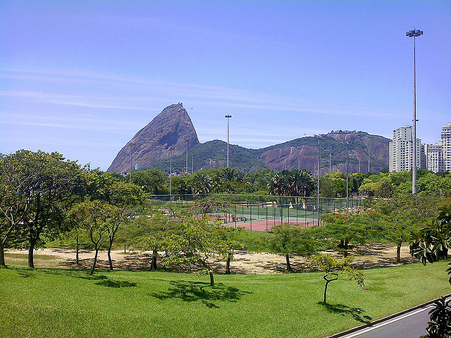 Sugarloaf mountain from Flamengo Park